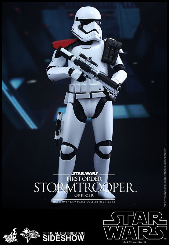 star-wars-first-order-stormtrooper-officer-sixth-scale-hot-toys-902603-01.jpg
