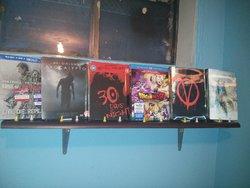 shelf05.jpg