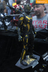 hot-toys-sdcc-2015-110.jpg