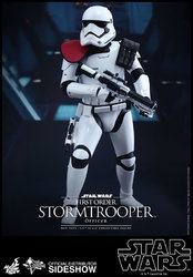 star-wars-first-order-stormtrooper-officer-sixth-scale-hot-toys-902603-04.jpg