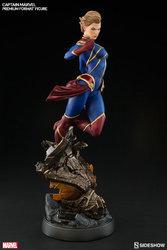 marvel-captain-marvel-premium-format-300454-04.jpg