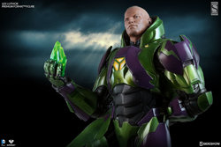 zdc-comics-lex-luthor-power-suit-premium-format-3002191-02.jpg