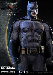 dc-comics-batman-v-superman-batman-half-scale-polystone-statue-prime-1-902663-04.jpg
