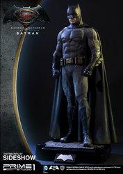 dc-comics-batman-v-superman-batman-half-scale-polystone-statue-prime-1-902663-05.jpg