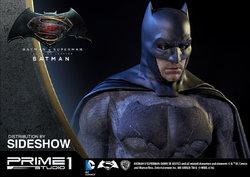 dc-comics-batman-v-superman-batman-half-scale-polystone-statue-prime-1-902663-12.jpg