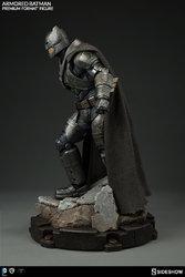 dc-comics-batman-v-superman-armored-batman-premium-format-300401-05.jpg