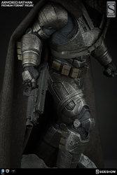 dc-comics-batman-v-superman-armored-batman-premium-format-3004011-02.jpg