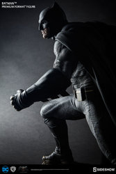dc-comics-bvs-dawn-of-justice-batman-premium-format-figure-300386-03.jpg