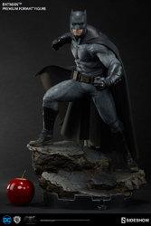 dc-comics-bvs-dawn-of-justice-batman-premium-format-figure-300386-04.jpg