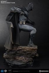 dc-comics-bvs-dawn-of-justice-batman-premium-format-figure-300386-07.jpg