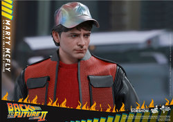 back-to-the-future-2-marty-mcfly-sixth-scale-hot-toys-902499-10.jpg
