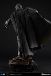 dc-comics-batman-vs-superman-batman-premium-format-300386-06.jpg