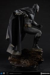 dc-comics-batman-vs-superman-batman-premium-format-300386-07.jpg