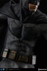dc-comics-batman-vs-superman-batman-premium-format-300386-10.jpg