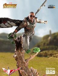 marvel-avengers-infinity-war-falcon-statue-iron-studios-903596-08.jpg