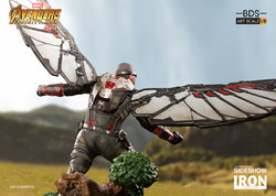 marvel-avengers-infinity-war-falcon-statue-iron-studios-903596-09.jpg