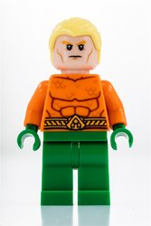 Aquaman and Storm_LEGO_SDCC_2018_Aquaman.jpg