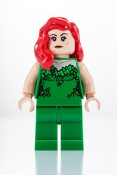 LEGO_SDCC_2018_Poisin_Ivy.jpg