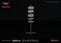 hannibal-lecter-straitjacket-version_the-silence-of-the-lambs_gallery_5c9bb69b447ce.jpg.jpeg