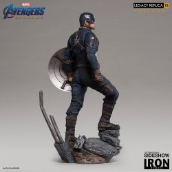 captain-america-deluxe_marvel_gallery_5cddf0033a376.jpg.jpeg