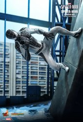 HT_Spiderman_Neg_4.jpg
