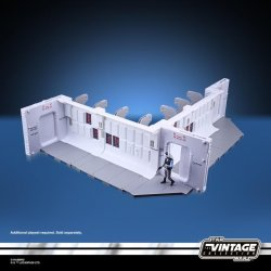 STAR WARS THE VINTAGE COLLECTION 3.75-INCH TANTIVE IV HALLWAY Playset - oop (17).jpg