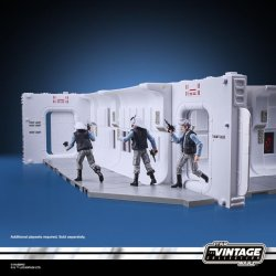 STAR WARS THE VINTAGE COLLECTION 3.75-INCH TANTIVE IV HALLWAY Playset - oop (27).jpg