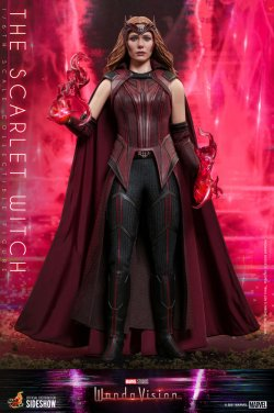 the-scarlet-witch-sixth-scale-figure-by-hot-toys_marvel_gallery_6046e6d5d84aa.jpg