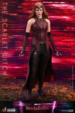 the-scarlet-witch-sixth-scale-figure-by-hot-toys_marvel_gallery_6046e6d57ac2c.jpg
