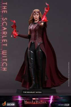 the-scarlet-witch-sixth-scale-figure-by-hot-toys_marvel_gallery_6046e6ee20f76.jpg