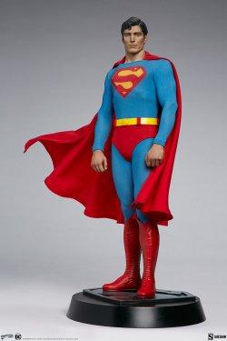superman-the-movie-premium-format-figure_dc-comics_gallery_60651ff86bed9.jpg