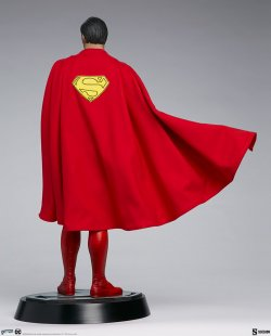 superman-the-movie-premium-format-figure_dc-comics_gallery_60651ff9347aa.jpg