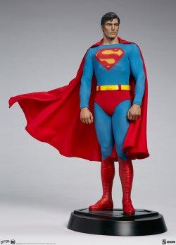 superman-the-movie-premium-format-figure_dc-comics_gallery_60651ffa06a1f.jpg