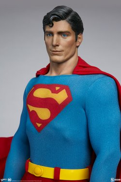 superman-the-movie-premium-format-figure_dc-comics_gallery_60651ffb36b77.jpg