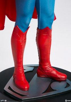 superman-the-movie-premium-format-figure_dc-comics_gallery_60651ffc7796b.jpg