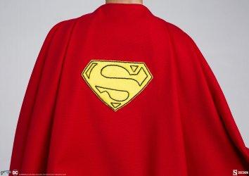 superman-the-movie-premium-format-figure_dc-comics_gallery_60651ffc18402.jpg