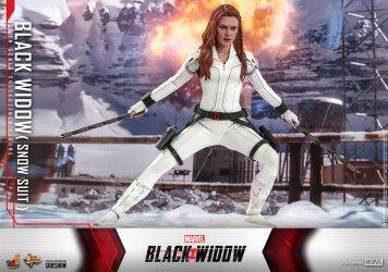 black-widow-sixth-scale-figure_marvel_gallery_60cb79fb23c5e.jpg