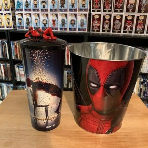 Deadpool Popcorn Tin and Cup with Cup Topper
