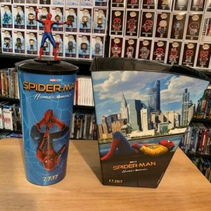 Spider-Man Homecoming Popcorn Bucket and Cup with Cup Topper