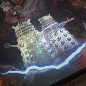 DoctorWho_s5_steelbook_back_zoom2.jpg