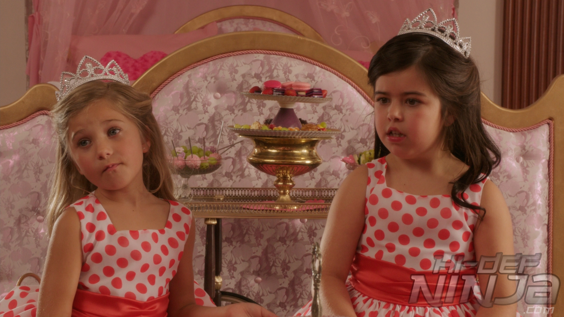 Sophia-Grace-and-Rosie-RA-08