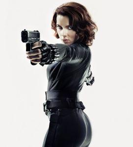 scarlett-johansson-the-avengers-promos_1