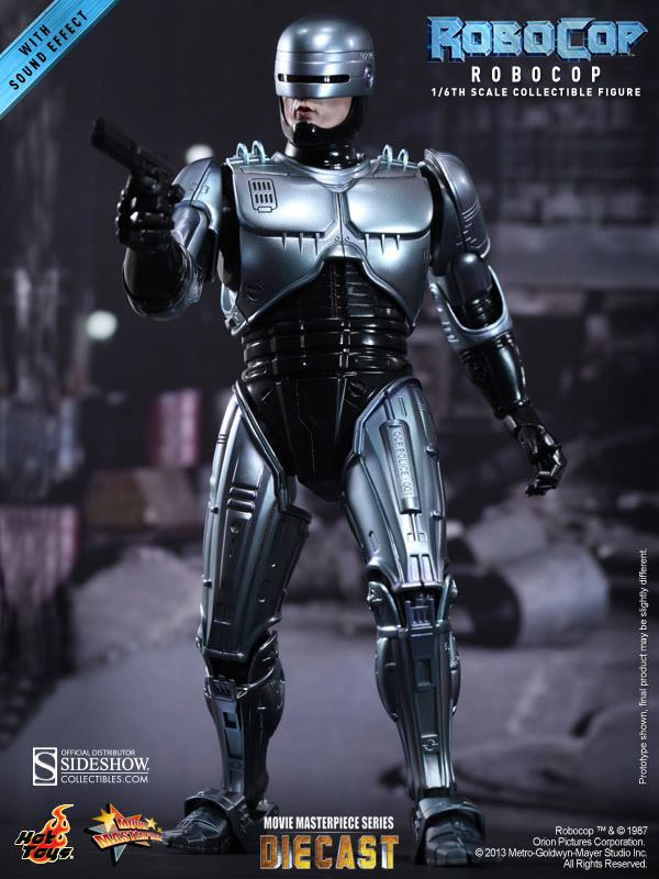0002487_robocop-sixth-scale-figure-by-hot-toys
