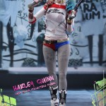 dc-comics-harley-quinn-sixth-scale-suicide-squad-902775-02