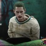 dc-comics-suicide-squad-the-joker-arkham-asylum-sixth-scale-902769-09