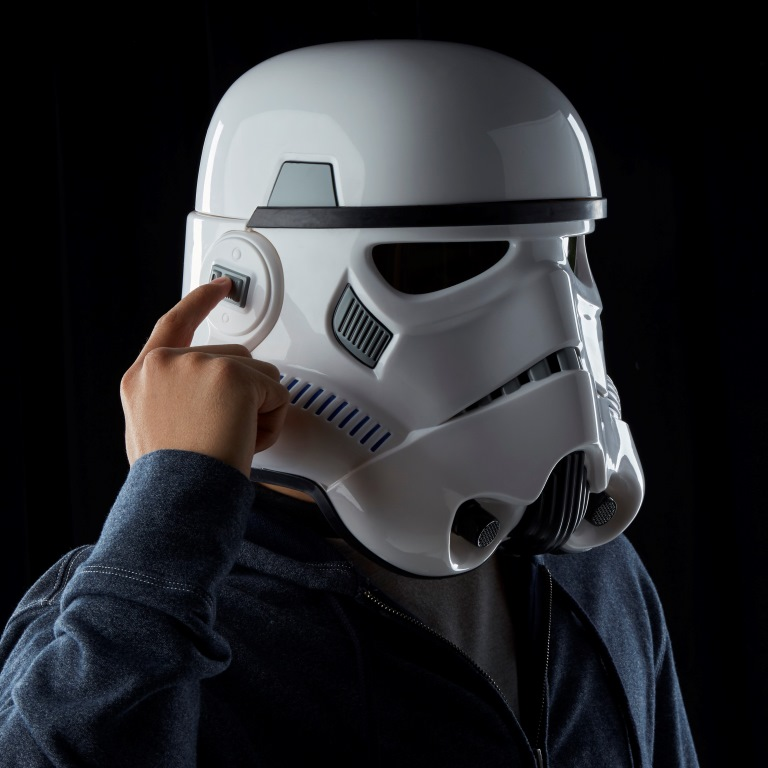 STAR WARS THE BLACK SERIES IMPERIAL STORMTROOPER ELECTRONIC VOICE CHANGER HELMET - 1-1