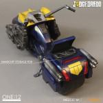 mezco-one12-dredd-lawgiver-nycc-exclusive-2016-04