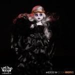 mezco-one12-midnight-nycc-exclusive-2016-04