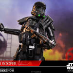 star-wars-rogue-one-death-trooper-specialist-sixth-scale-hot-toys-902842-01