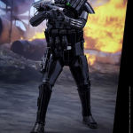 star-wars-rogue-one-death-trooper-specialist-sixth-scale-hot-toys-902842-05